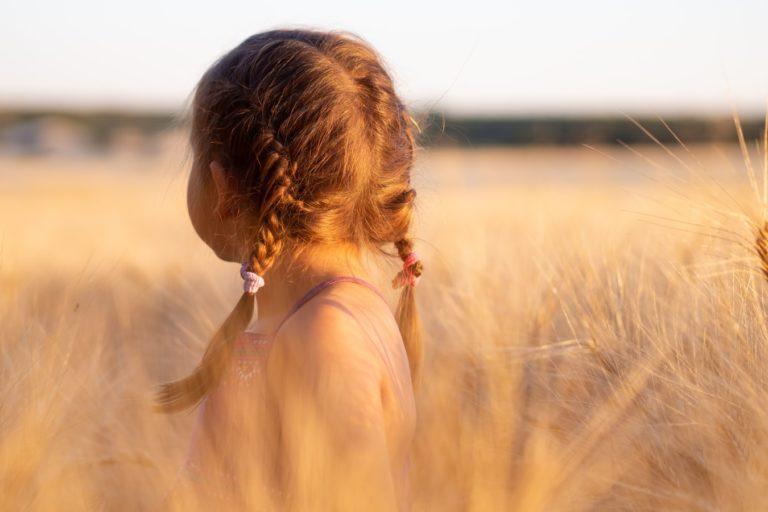 Ce este copilul interior și de ce este important să-i oferim iubire