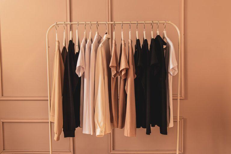 Sfaturi practice pentru organizarea hainelor